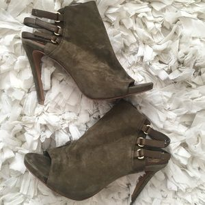 Vince Camuto olive bootie